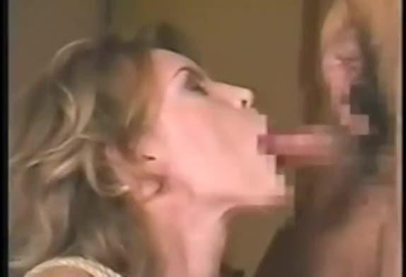 白人の金髪美女が縛られたまま日本男児のペニスで貫かれる